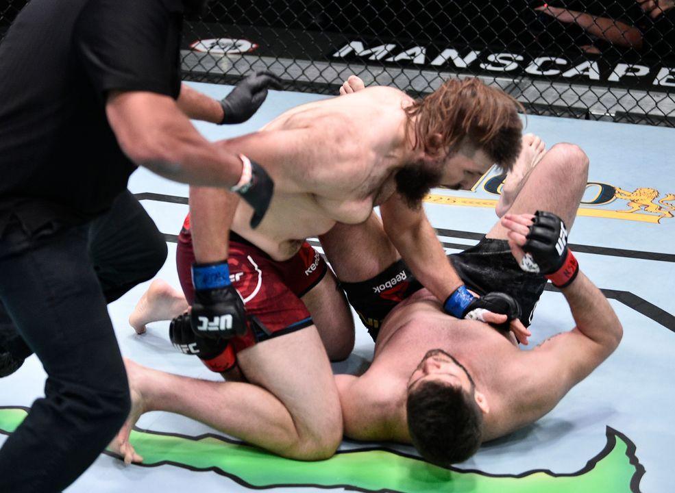 UFC Вегас 4: Филипе Линс (Бразилия) vs Таннер Босер (Канада)
