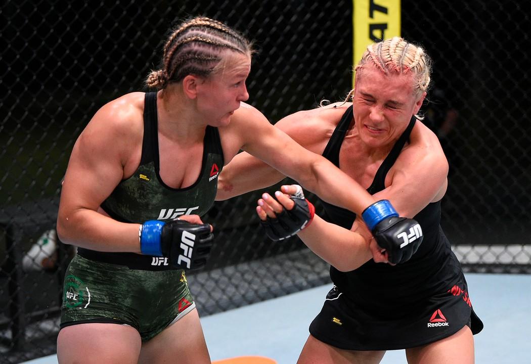 Куницкая победила Столяренко на турнире UFC Fight Night 174