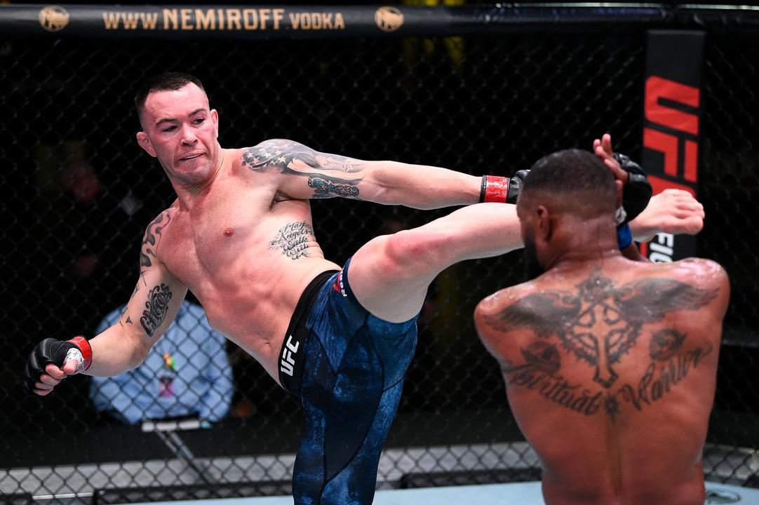 Ковингтон нокаутировал Вудли в главном бою UFC Fight Night 178